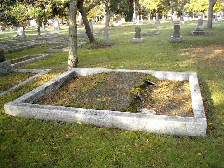 Gandy grave